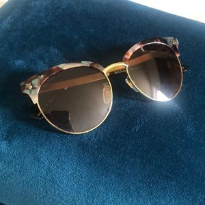 NWOT Gucci sunglasses
